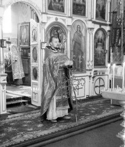 Настоятель Всіхсвятської церкви Дмитро Долгий