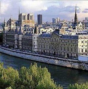 Париж українського митця не вразив.