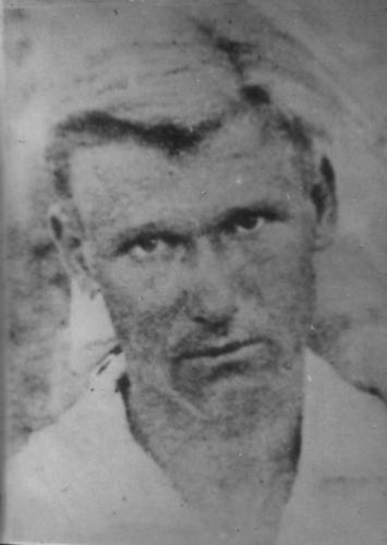 Дзюба О.Я. –  голова Слобідської сільської ради, член КПРС.