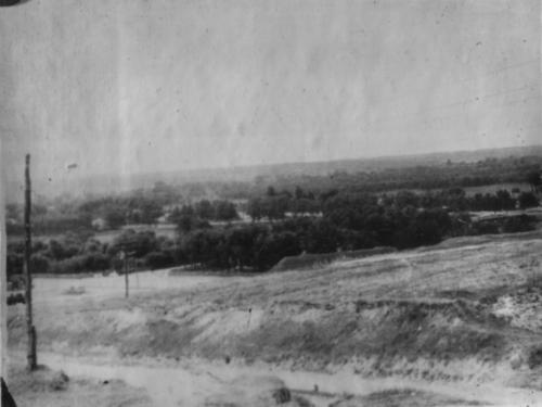 Загальний вигляд с. Липова Долина, в якому карателями були повішені радянські  активісти