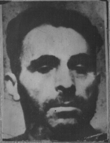 Шевченко Олександр Іванович,   1915 року народження, уродженець м. Києва, безпартійний,  українець.  До арешту працював столяром  Сталінського товариства художників.  Арештований  30 квітня 1959року